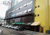 Sala comercial na Rua Deputado Joaquim José Pedrosa, 468, Cabral, Curitiba por R$1.800,00