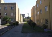 Apartamento na Rua Arnold Schmidt, 04, Xaxim, Curitiba por R$800,00