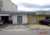 Ponto comercial na Ursulina Senna De Castro, 150, Estreito, Florianópolis por R$1.800,00