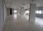 Sala comercial na Avenida Tancredo Neves, 1186, Caminho das Árvores, Salvador por R$9.840,04