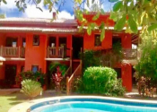 Apartamento na Praia do Forte, Mata de São João por R$3.500,00 por dia
