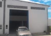 Barracão / Galpão / Depósito no Estrada do Coco, Lauro de Freitas por R$2.600,00