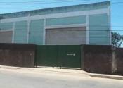 Barracão / Galpão / Depósito na Rua Vinte E Quatro De Agosto, 9655, Pirajá, Salvador por R$3.100,00
