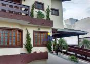 Casa na Rua César Memolo, Jardim Paulista, Atibaia por R$1.200.000,00