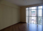 Sala comercial na Rua Desembargador Westphalen - Até 719/0720, 295, Centro, Curitiba por R$550,00