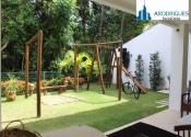 Casa em condomínio fechado no Alphaville I, Salvador por R$12.000,00