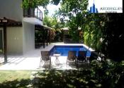 Casa em condomínio fechado na Praia de Busca Vida, Camaçari por R$8.000,00
