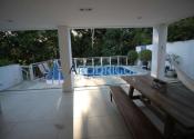 Casa em condomínio fechado no Alphaville I, Salvador por R$10.000,00