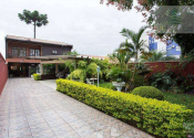 Casa na Rua Amazonas De Souza Azevedo, 428, Jardim Social, Curitiba por R$1.200.000,00
