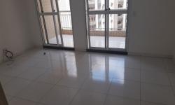 Apartamento com 3 quartos para alugar, 81m²