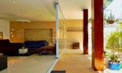 Casa em condomínio fechado com 5 quartos à venda, 550m²