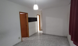 Apartamento com 2 quartos para alugar, 56m²