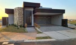 Casa em condomínio fechado com 3 quartos para alugar, 215m²