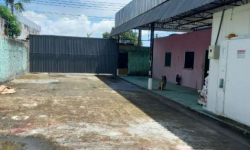 Barracão / Galpão / Depósito com 2 salas para alugar, 900m²
