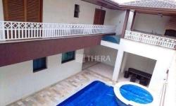 Casa com 7 quartos para alugar, 300m²
