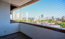 Apartamento com 3 quartos para alugar, 119m²