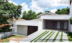 Casa com 3 quartos para alugar, 306m²