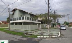 Casa com 4 quartos para alugar, 158m²