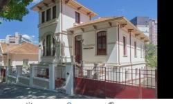 Casa comercial com 4 salas para alugar, 320m²