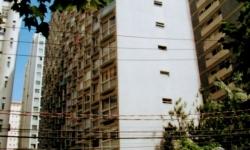 Apartamento com 1 quarto para alugar, 50m²