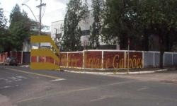 Barracão / Galpão / Depósito para alugar, 2.300m²
