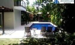 Casa em condomínio fechado com 6 quartos para alugar, 1.000m²