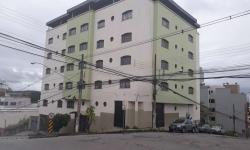 Apartamento com 3 quartos para alugar, 90m²