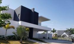 Casa em condomínio fechado com 5 quartos para alugar, 300m²
