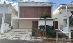 Casa em condomínio fechado com 3 quartos para alugar, 290m²