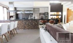 Casa em condomínio fechado com 4 quartos para alugar, 368m²