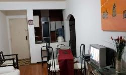 Apartamento com 1 quarto para alugar, 75m²