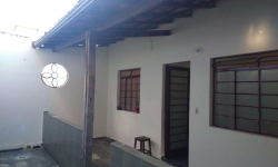 Casa com 2 quartos para alugar, 67m²