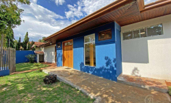 Casa comercial com 5 salas para alugar, 350m²