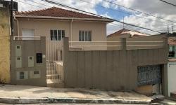 Casa com 2 quartos para alugar, 1m²