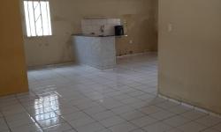 Casa com 3 quartos para alugar, 30m²