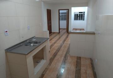 Apartamento Novo, 2 quartos, Anual - Bairro São Francisco de Assis - R$ 1200,00