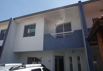 Xaxim, Casa com 3 quartos para alugar, 100 m2