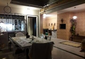 Centro, Casa com 3 quartos para alugar, 200 m2