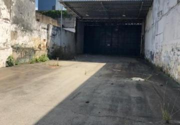 Galpão 1720m2 de Terreno Frente Pista na Calçada