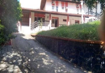 Casa Comercial com 22 suítes 500m2 no Rio Vermelho