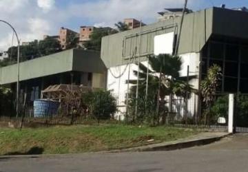 Arraial do Retiro, Casa comercial com 20 salas para alugar, 7017 m2