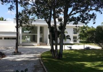 Encontro das Águas, Casa em condomínio fechado com 8 quartos para alugar, 900 m2
