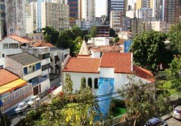 Barra, Prédio com 16 salas à venda