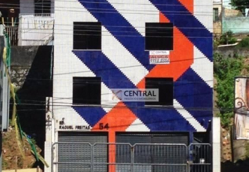 Garibaldi, Casa comercial com 6 salas para alugar, 400 m2
