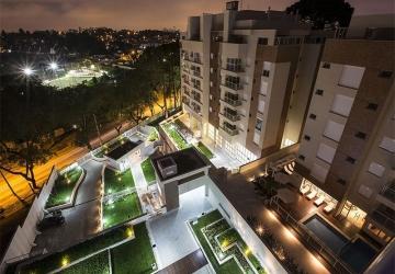 Excelente cobertura duplex ensolarada próxima ao Parque São Lourenço