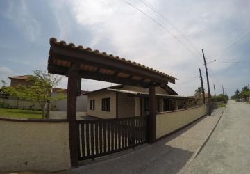Praia do Ervino, Casa com 2 quartos à venda, 134 m2