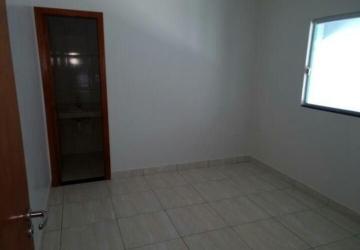 Casa de 3 e de 2 quartos prontos