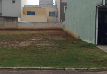 Terreno com 126m² em condomíno fechado GreenLine