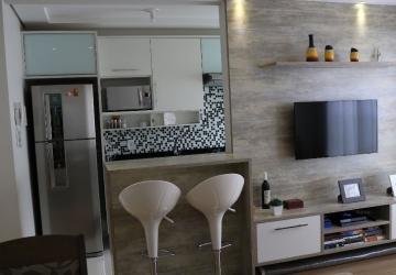 Lindo apartamento semi-mobiliado decorado 2 quartos último andar no Up Life Pinheirinho, direto proprietário