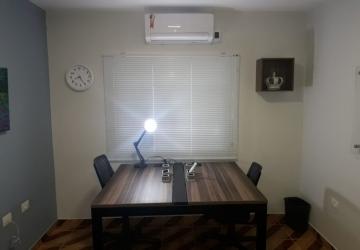 Sala privativa para 2 pessoas mobiliada, internet, recepção